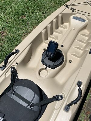 Tamarack Angler 100, with paddle and cover. $400 FIRM for Sale in Baton Rouge, LA