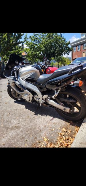 *PRICE LOWERED FOR RAPID SALE* 2004 Yamaha YZF-600r for Sale in Portland, OR