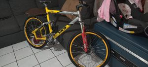 """Giant..Nrs..xtc..full suspension..buenas conditions..27 speed..26""""tires..frame..XL..22"""" for Sale in Los Angeles, CA"""