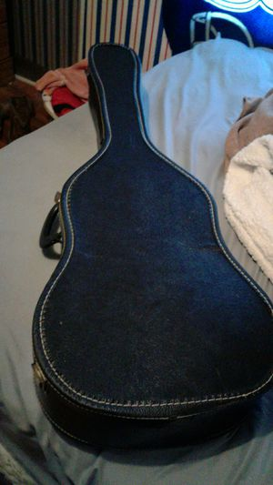 Acoustic guitar for Sale in Wichita, KS
