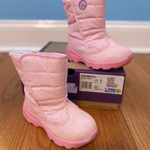 Kamik Toddler Snow Boots Size 9 for Sale in Conshohocken, PA