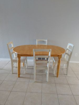 Table and chairs for Sale in Payson, AZ