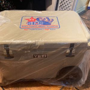 Yeti Tundra Cooler for Sale in San Jose, CA