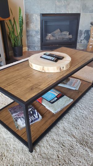 Vasagle coffee table for Sale in Bend, OR