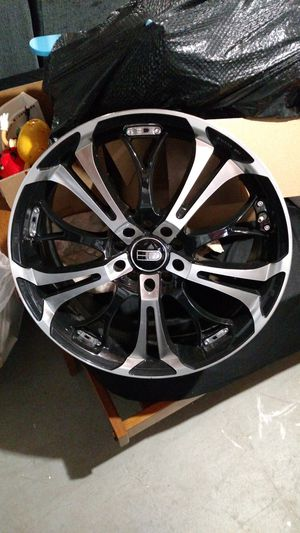HD Rims 18 inch for Sale in Weedsport, NY
