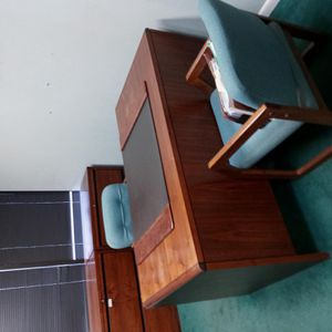 Office Furniture Must Go for Sale in Mineola, NY