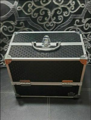 Makeup/Jewelry Case for Sale in Paramount, CA