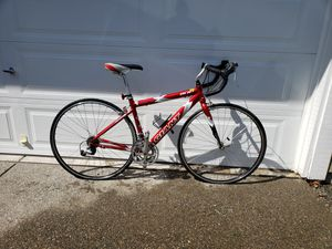 Giant road bike for Sale in Snoqualmie, WA