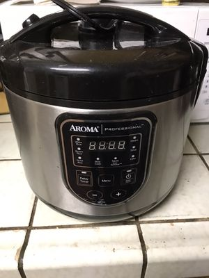 Digital rice cooker for Sale in Visalia, CA