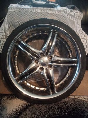 Chrome and Black rim tires for Sale in Columbus, OH