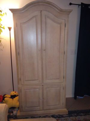 Armoire for Sale in IND HBR BCH, FL