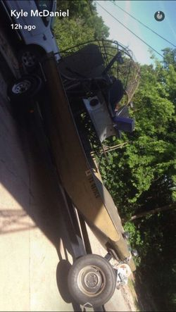 24ft airboat 500 Cadillac 2 blade prop for Sale in Clifton,  TX