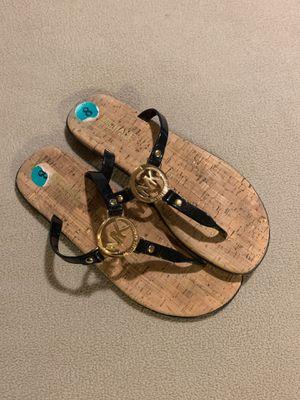 Michael kors sandals sz8 for Sale in Dinuba, CA