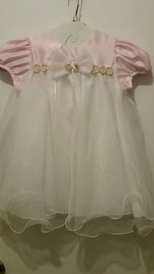 Flower Girl Wedding Dress in Pink and White. Size 24 month. for Sale in Camp Springs, MD