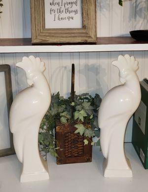 2 white ceramic peacocks (birds) for Sale in Leesburg, FL