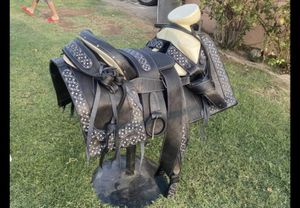 Montura nueva para caballo for Sale in Phoenix, AZ