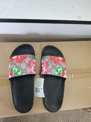Womens Gucci Slides Size 9 for Sale in Smyrna, GA