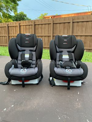 Britax Marathon ClickTight Convertible Car Seat for Sale in Miami, FL