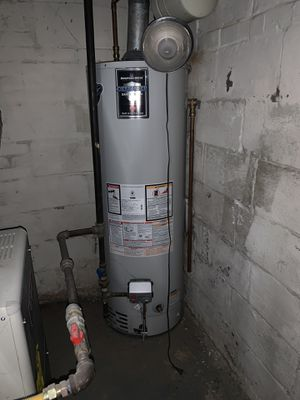 75 gallons water heater for Sale in Fairfax, VA