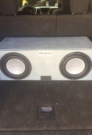 Subwoofers and amplifier for Sale in Fresno, CA