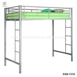 Queen Iron Bunk Bed for Sale in Fremont, CA