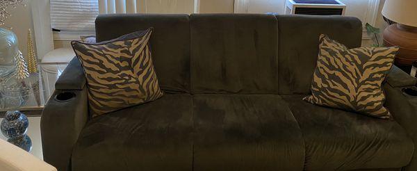 Queen Size Serta Sleeper Sofa