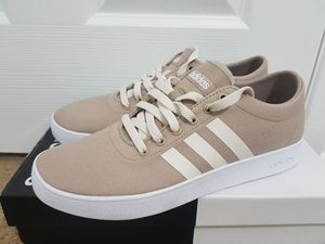 Brand New Men's Adidas Size 8 for Sale in Vancouver, WA