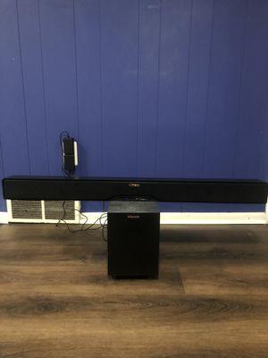 Klipsch R-4B Wireless and Bluetooth Sound Bar for Sale in Eastpointe, MI
