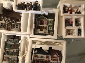 Dickens' Christmas Village Collection for Sale in Orangeburg, NY
