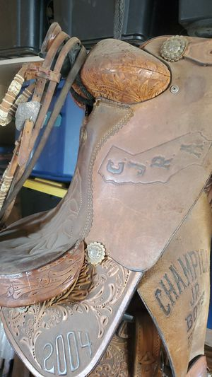 Double J roping saddle for Sale in Mentone, CA