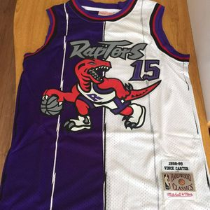 small Vince Carter Mitchell&Ness Raptors jersey for Sale in Lithonia, GA