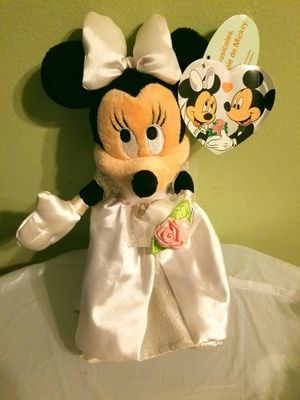 Minnie Mouse Pre-Owned Wedding Dress Stuffed Doll for Sale in Baltimore, MD