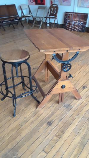 Antique wood drawing table works for Sale in Cleveland, OH