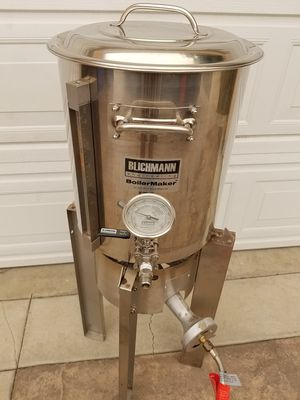 BEER BREWER IN GREAT CONDITION 10GL for Sale in Rosemead, CA