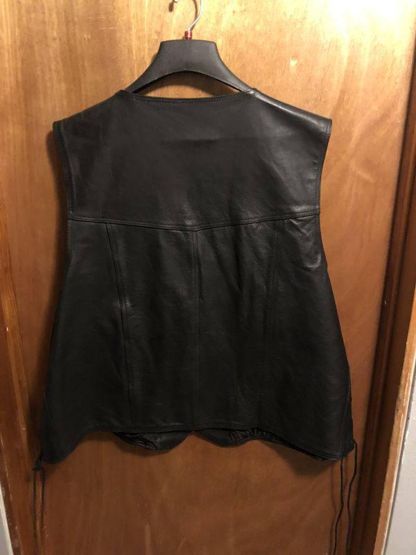 MOTORCYCLE LEATHER VEST (64)