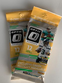 2020 NFL Optic 12 Card Pack for Sale in Sacramento,  CA