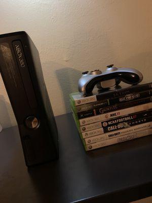 Xbox 360 s 8 games 1 controller for Sale in Stockton, CA