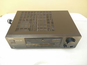 Onkyo receiver..near mint!! Sounds awesome!!great phono for records!! for Sale in Miami, FL