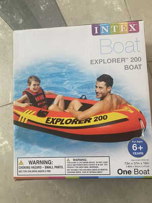 Brand new Intex explorer 200 inflatable boat!!! for Sale in Glenview, IL
