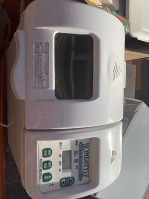 West Bend Homestyle Automatic bread dough maker for Sale in Vallejo, CA