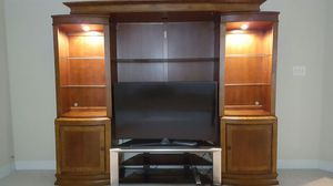 TV stand cabinet for Sale in Frederick, MD