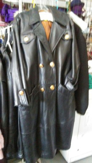 Retro leather jacket for Sale in Detroit, MI
