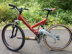 Very Rare Handmade Cannondale Super V 900 mt. bike. for Sale in Redmond, WA