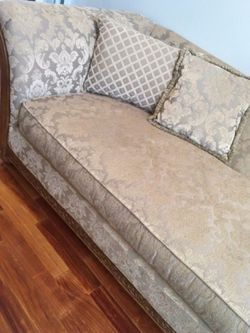 Chaise sofa for Sale in West Bloomfield Township,  MI