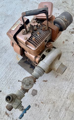 Keene Co Vintage Engine PUMP with 5 HP Briggs and Stratton motor for Sale in San Fernando, CA