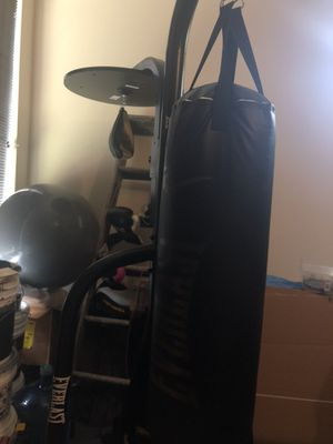 Boxing bag and speed bag stand for Sale in Miami, FL