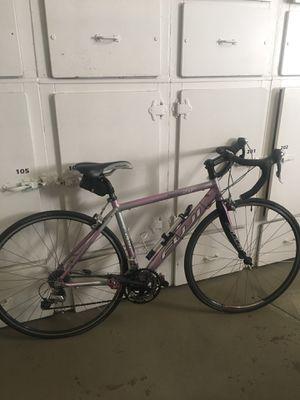 Fuji Women's Road Bike for Sale in Portland, OR