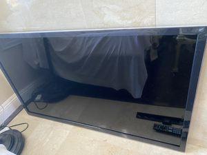 Panasonic TV 55 inches - Model # TC-55ET5 ,2012 for Sale in La Costa, CA