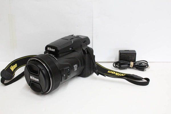 Nikon COOLPIX P1000 16MP 24-3000mm 125x Super Zoom Digital Camera