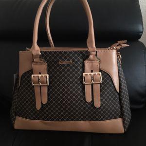 Handbag beautiful design fashion style all-match shoulder messenger bag for Sale in Houston, TX